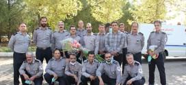 غبار روبی گلزار شهدا بمناسبت ۷ مهر (روز آتش نشانی) توسط پرسنل آتش نشانی ملایر